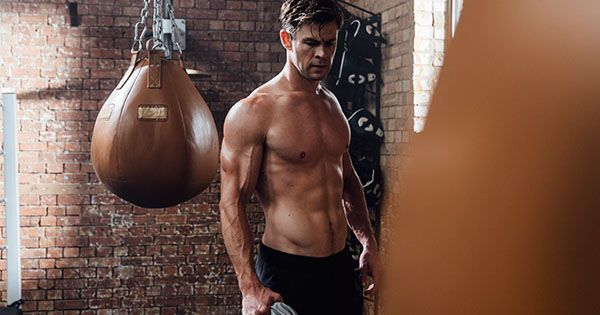 Chris Hemsworth's 30-Minute Equipment-Free HomeWorkout